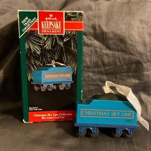 Hallmark Christmas Ornament Sky Line Collection